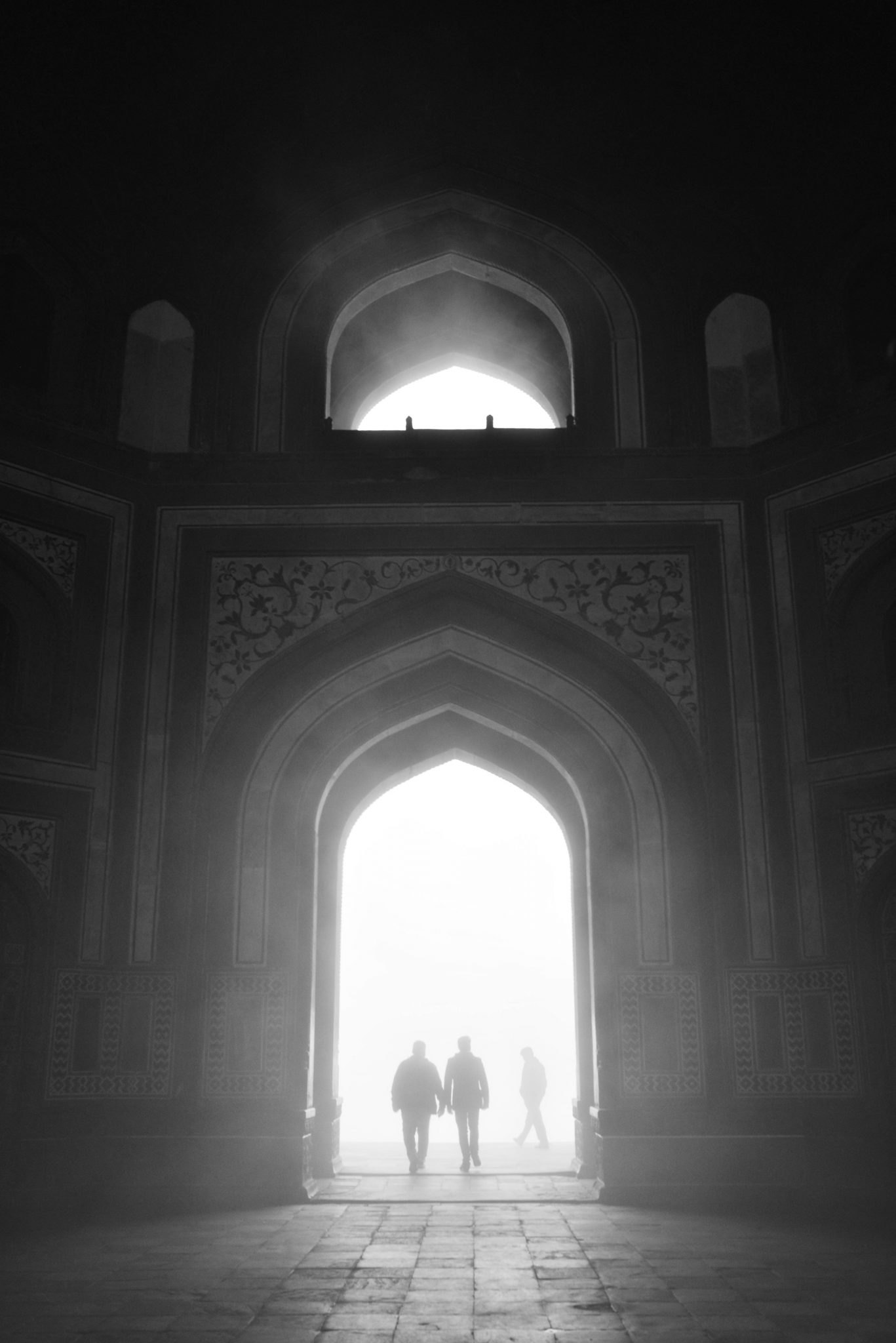 A foggy morning at the Taj Mahal